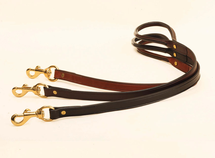 2' Leather Dog Leash with brass hardware. Tory Leather Company